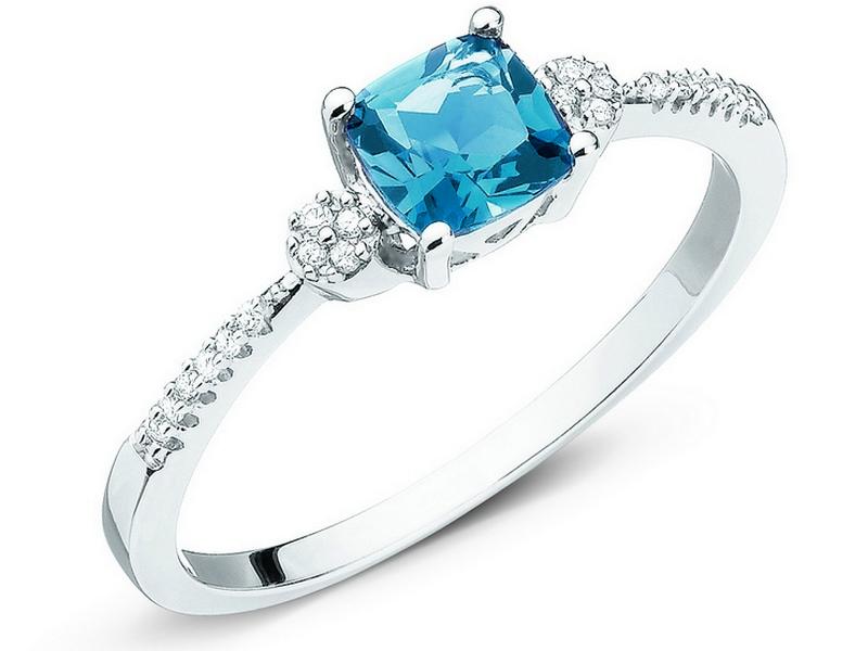 105.302 pierścionek białe złoto pr. 375 topaz diamenty 0,05 ct