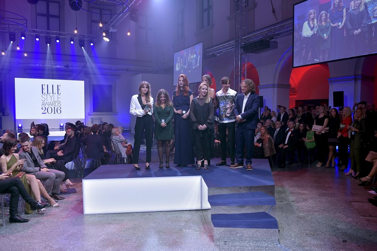 scena z: Monika Stukonis, Magda Butrym, MISBHV, Marcin Kempski, Sonia Szóstak, Julia Banaś, SK:, , fot. Jacek Kurnikowski/AKPA