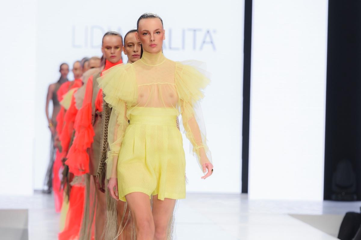 batch_82_LidiaKalita270117_web_fotFilipOkopny_FashionImages