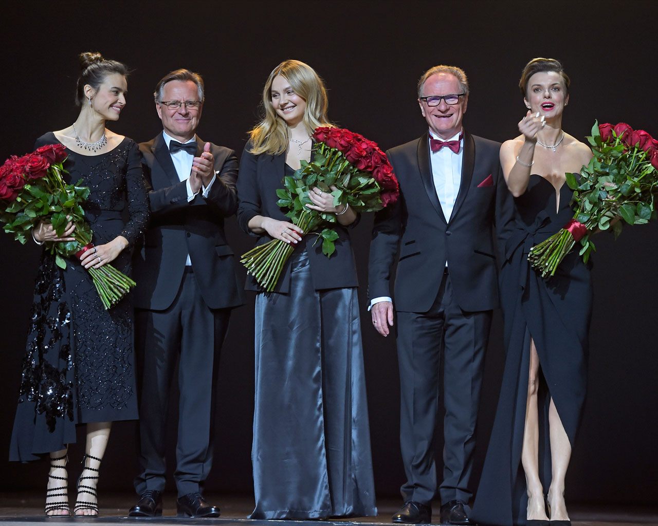 scena z: Adam Rączyński, Piotr Rączyński, Katarzyna Sokołowska, Małgorzata Socha, SK:, , fot. AKPA/AKPA