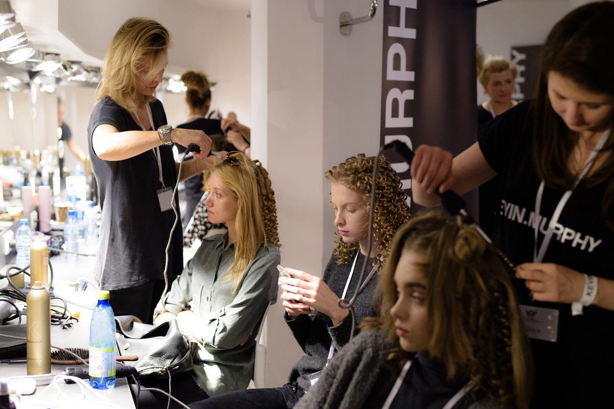 13_Apart280217_press_fotFilipOkopny_FashionImages_1200
